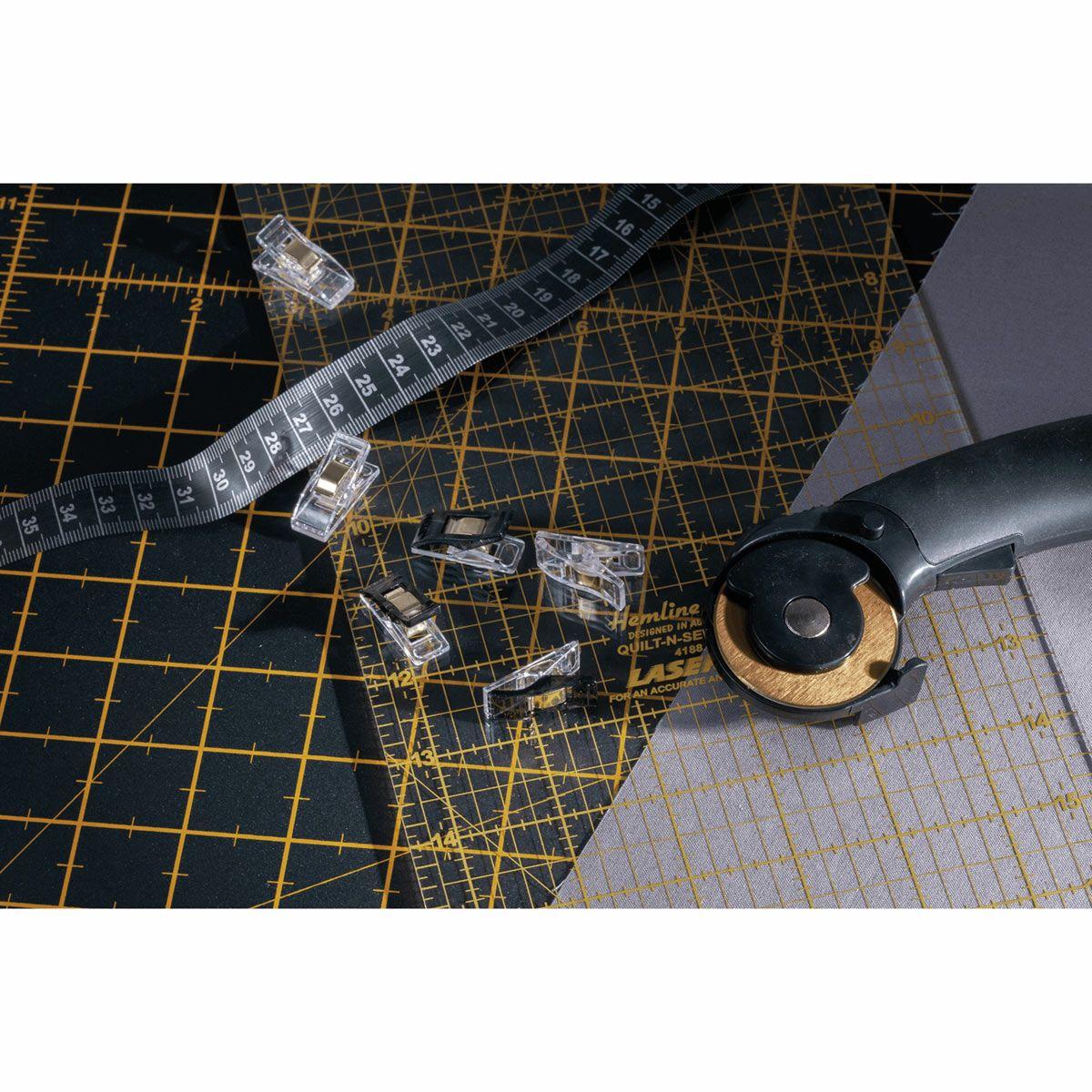 Mètre ruban couture noir 150 cm
