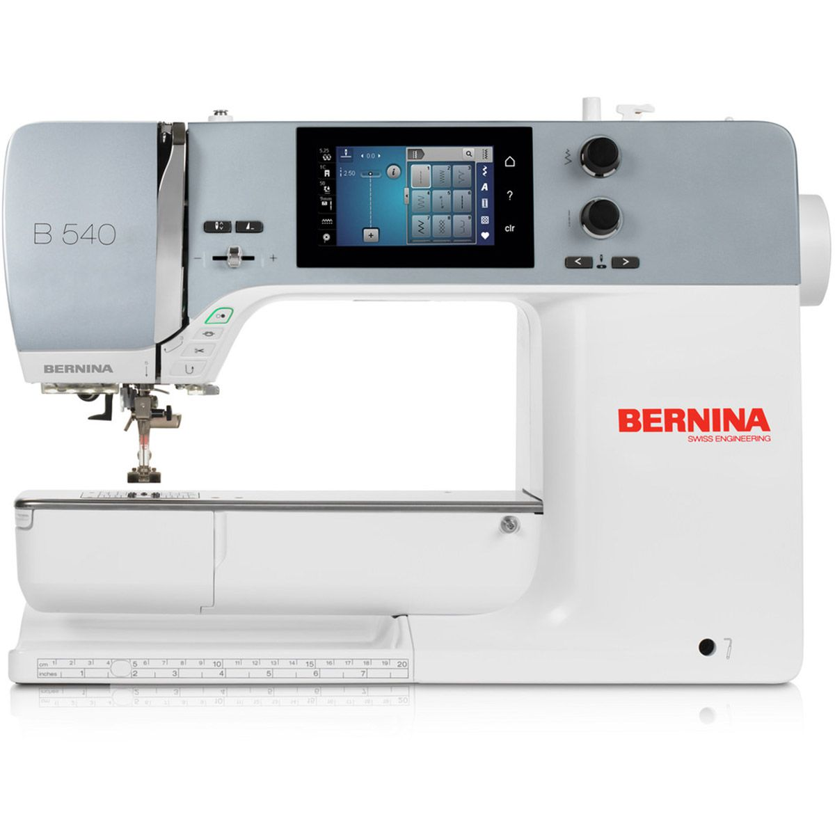Machine à coudre et à broder Bernina 540